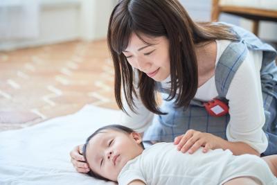 株式会社アイグラン 医療法人恭昭会彦根中央病院 なかよし託児所の求人